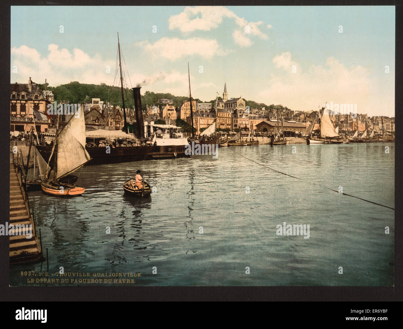 Packet boat leaving Joinville Quay, Trouville, France. Date between ca. 1890 and ca. 1900. - Stock Image