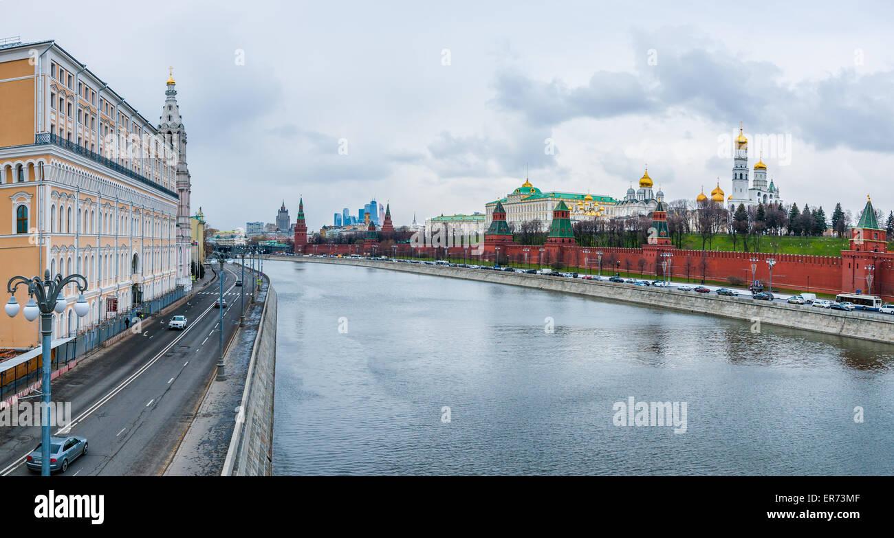Moscow embankments 27