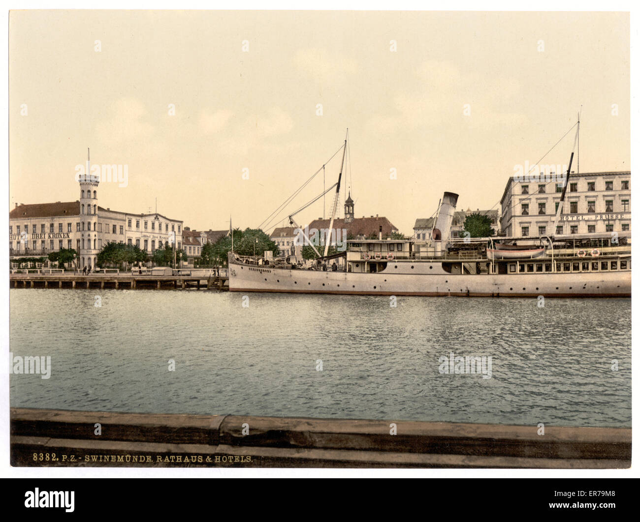Court house and hotels, Swinemunde, Pommeraina, Germany (i.e., Swinoujscie, Poland). Date between ca. 1890 and ca. Stock Photo