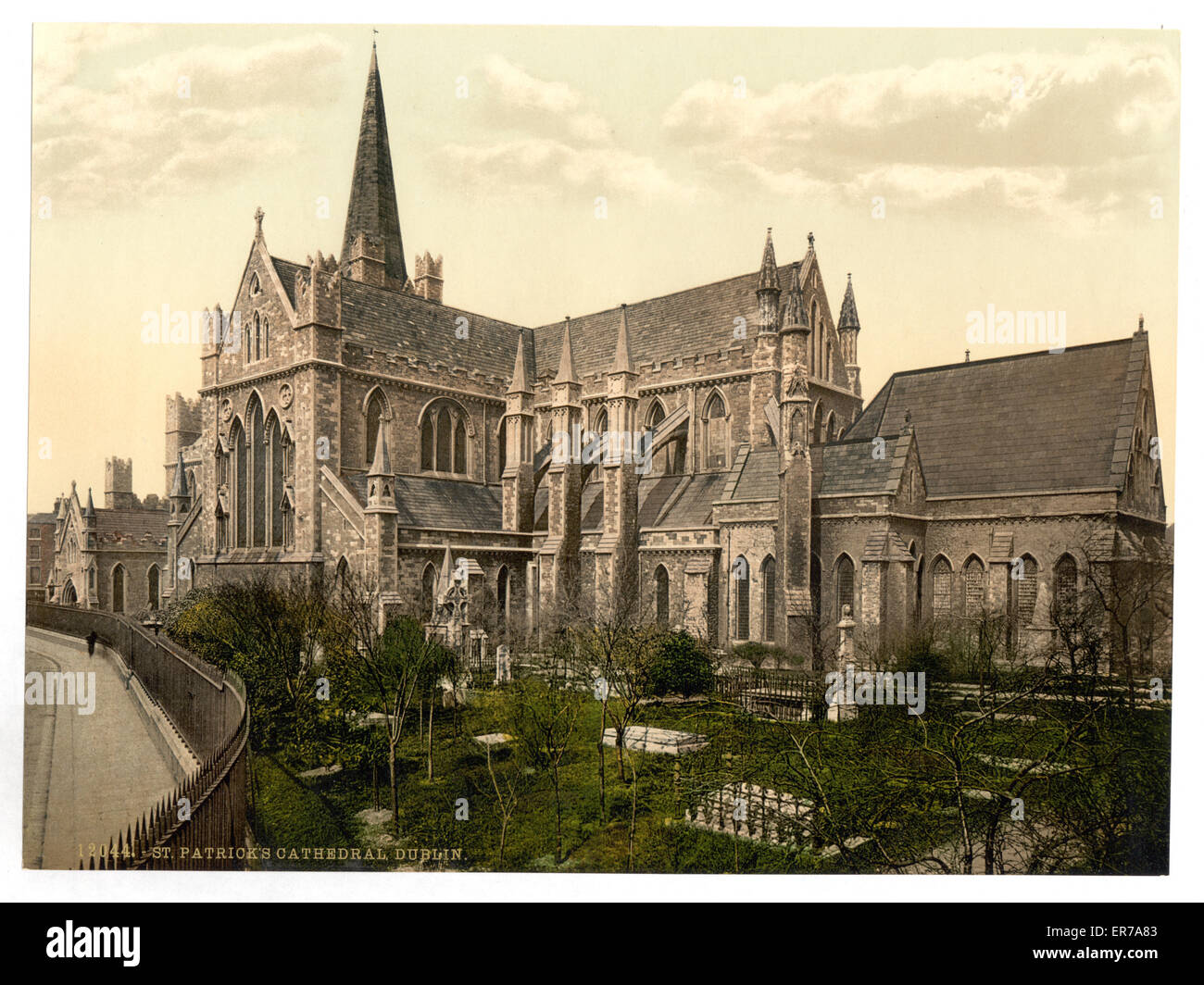 St. Patrick's Cathedral, Dublin. County Dublin, Ireland. Date between ca. 1890 and ca. 1900. - Stock Image