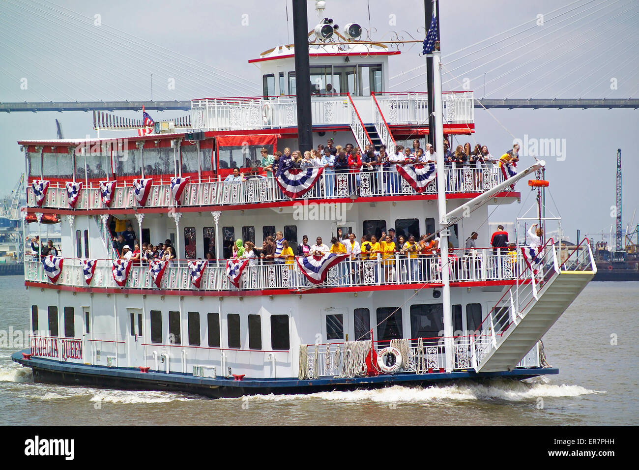 Schoolchildren get a local history lesson aboard an old-time riverboat that is exploring the Savannah River in Georgia, - Stock Image