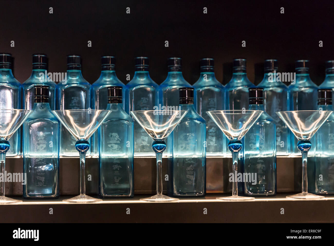 Gin shop, Bombay Sapphire Distillery Visitor Centre, Laverstoke, Hampshire, England, UK. - Stock Image