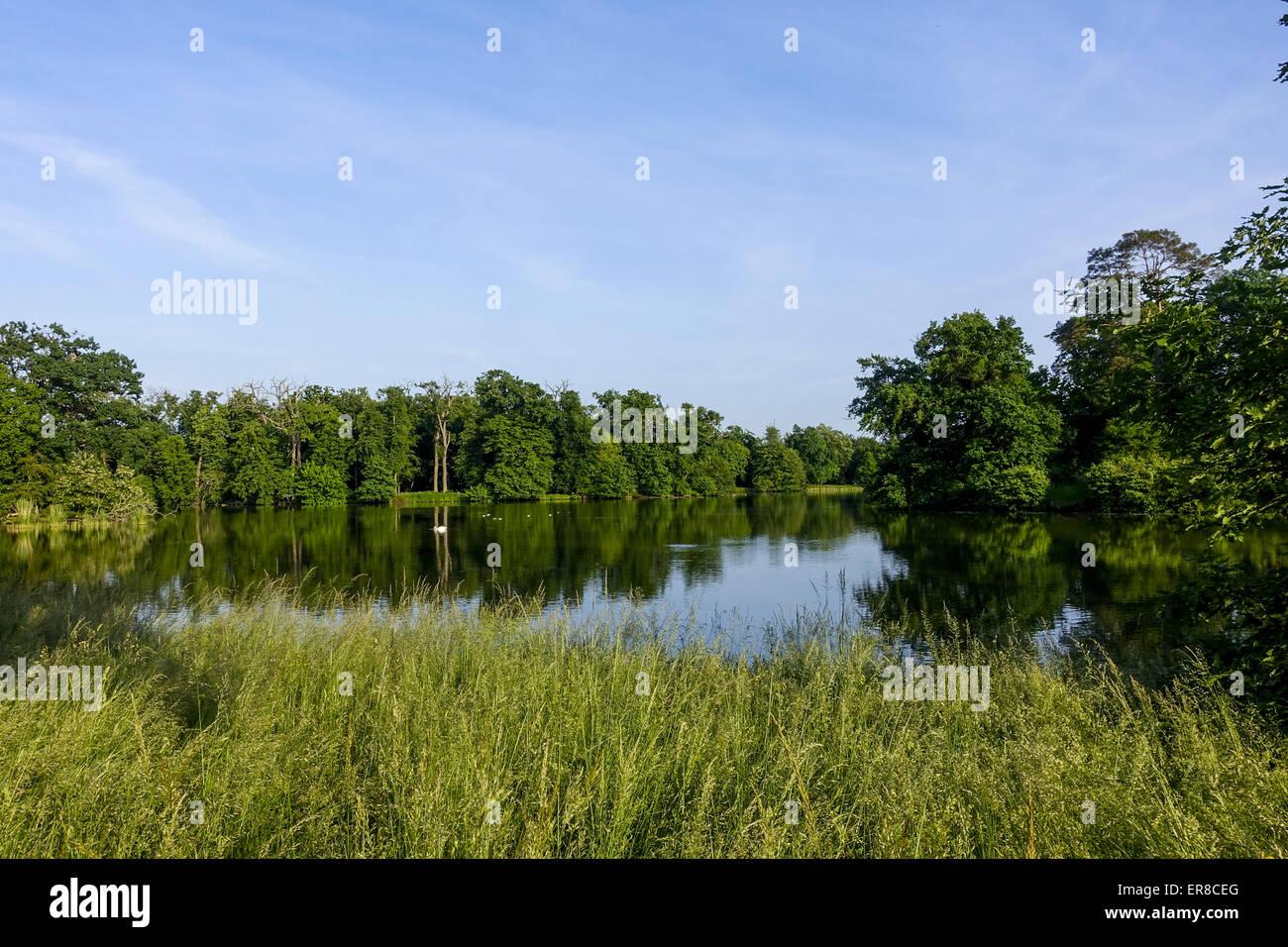 Landschaftsgarten, UNESCO Weltkulturerbe, Lednice, Kreis Breclav, Südmähren, Tschechien - Stock Image