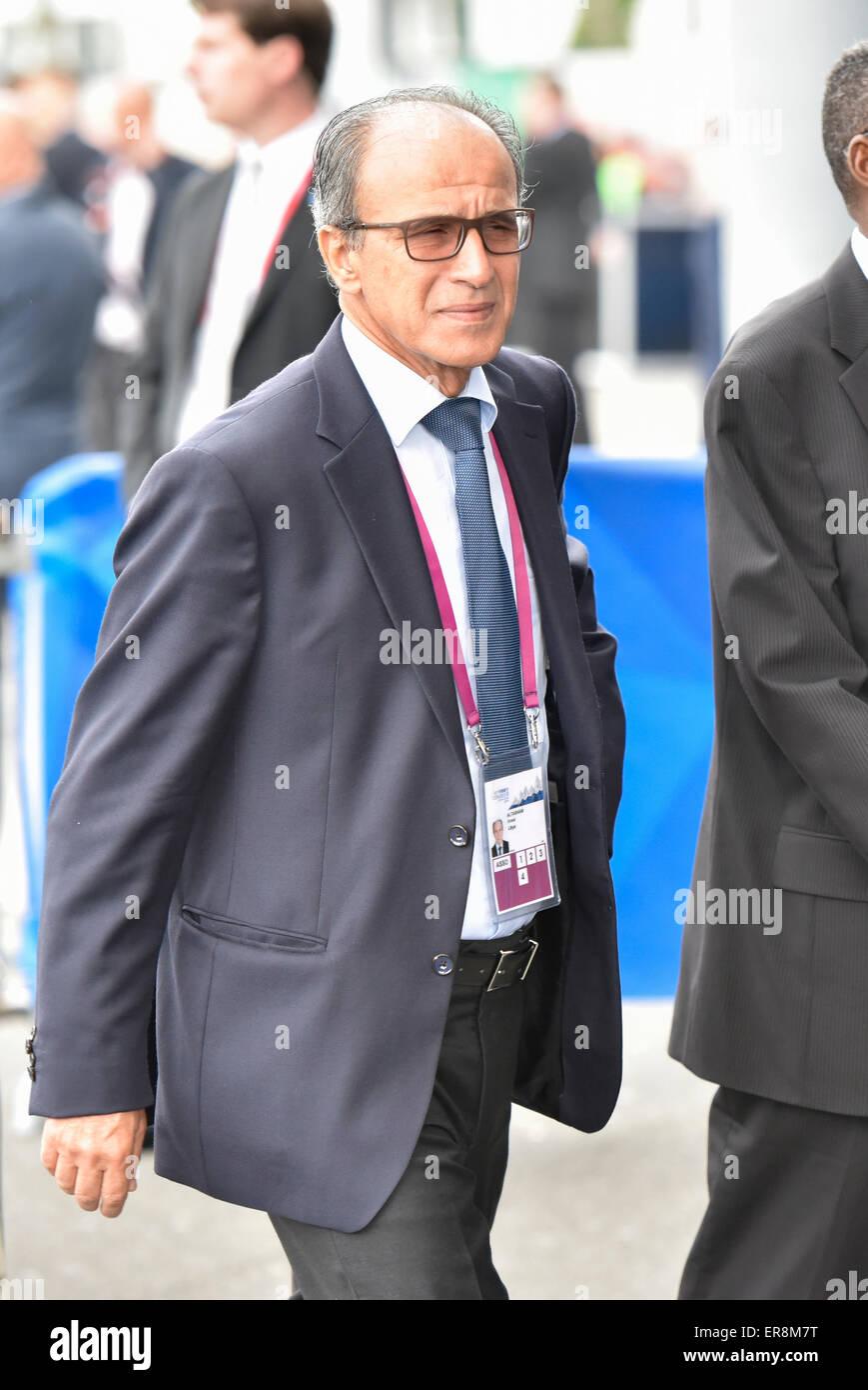 Zurich, Switzerland. 29th May, 2015. FIFA delegate Anwar ALTASHANI (Lybia) arrives at Zurich Hallenstadion for the - Stock Image