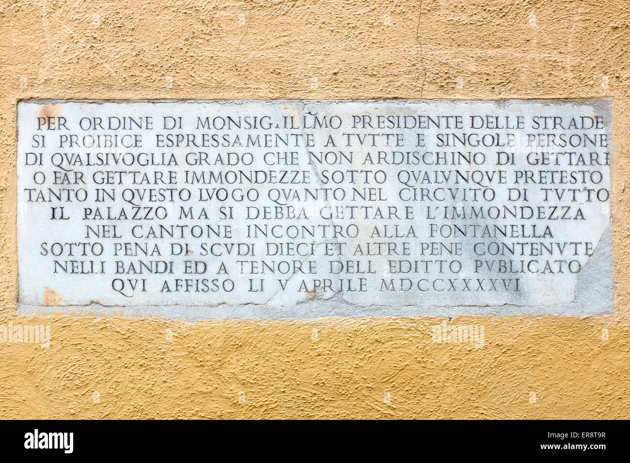 Plaque banning the dumping of garbage in public places, 1746 Rome Italy - Stock Image