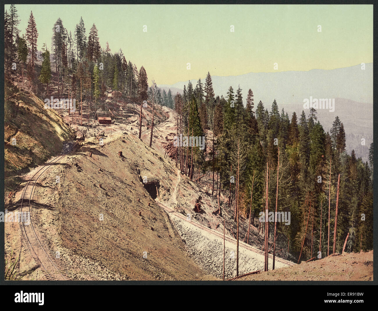 Loop and tunnels, Siskiyou Mountains, California. Date c1900. Stock Photo
