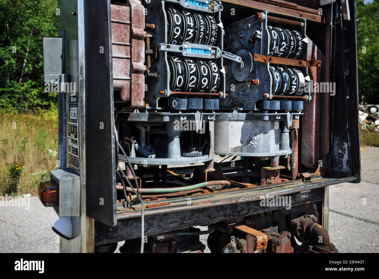 Abandoned gas pump - Stock Image