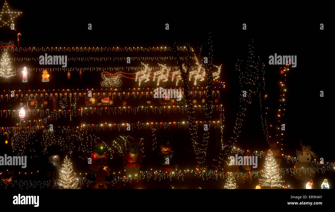 christmas lights decoration night time house exterior