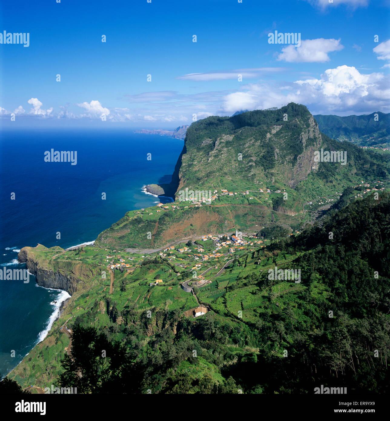 Eagle Rock (Penha de Aguia), Faial, Madeira, Portugal, Europe - Stock Image