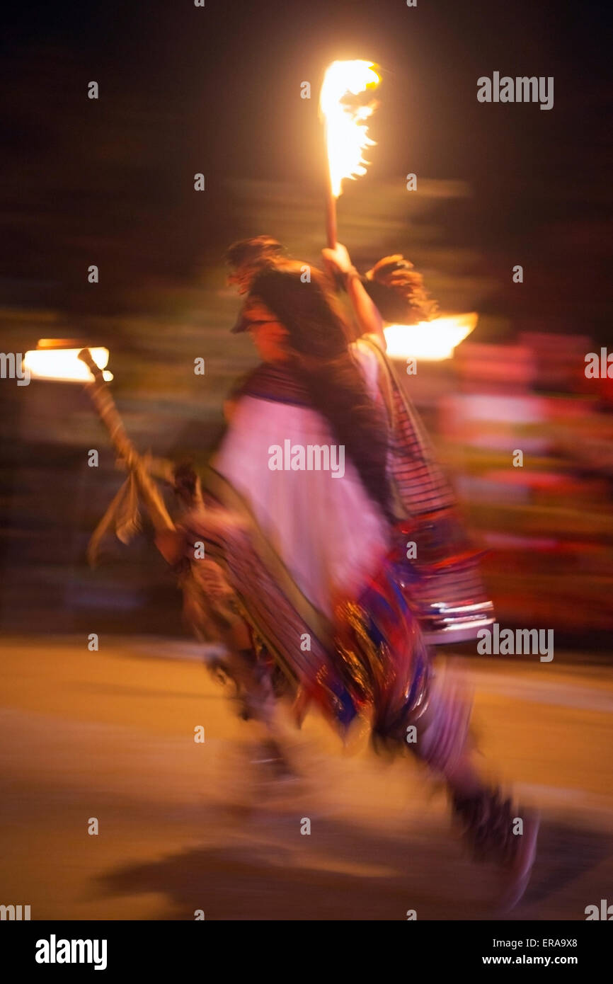 Mayan dancer in Fire of Life Ceremony - Stock Image