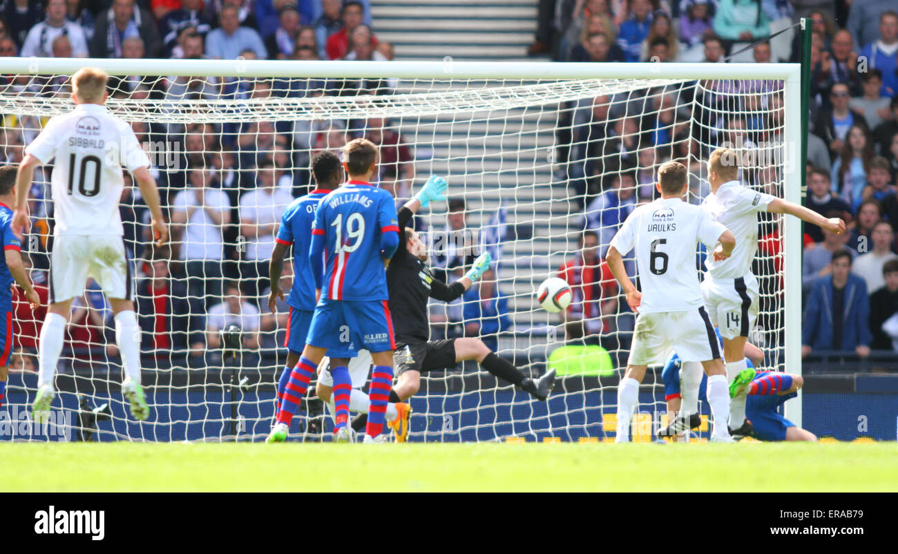 Glasgow, Scotland. 30th May, 2015. Scottish Cup Final. Falkirk versus Inverness CT. Peter Grant equalised for Falkirk - Stock Image
