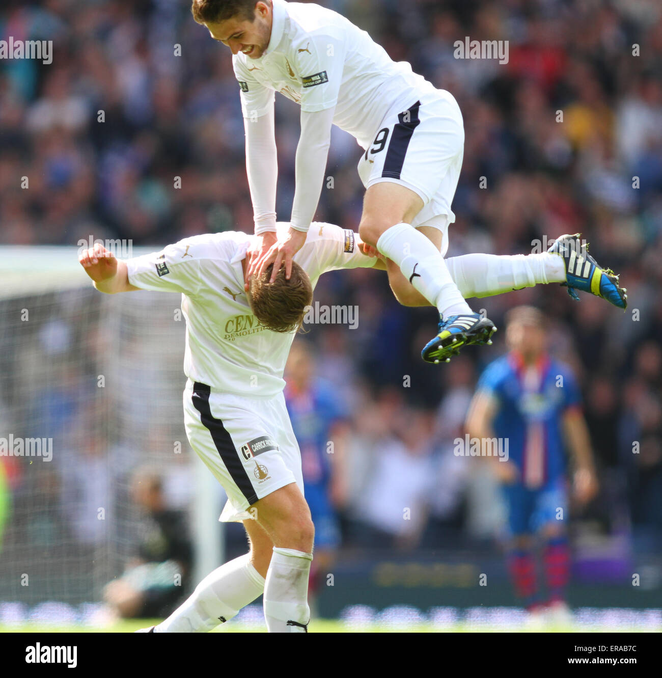 Glasgow, Scotland. 30th May, 2015. Scottish Cup Final. Falkirk versus Inverness CT. Luke Leahy celebrates with Peter - Stock Image