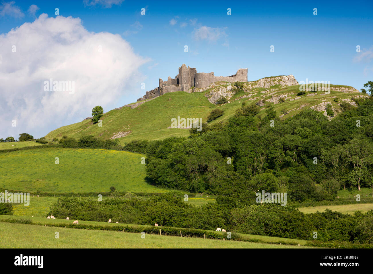 Wales, Carmarthenshire, Carmarthen, Trapp, Carreg Cennen, privately owned Castle - Stock Image
