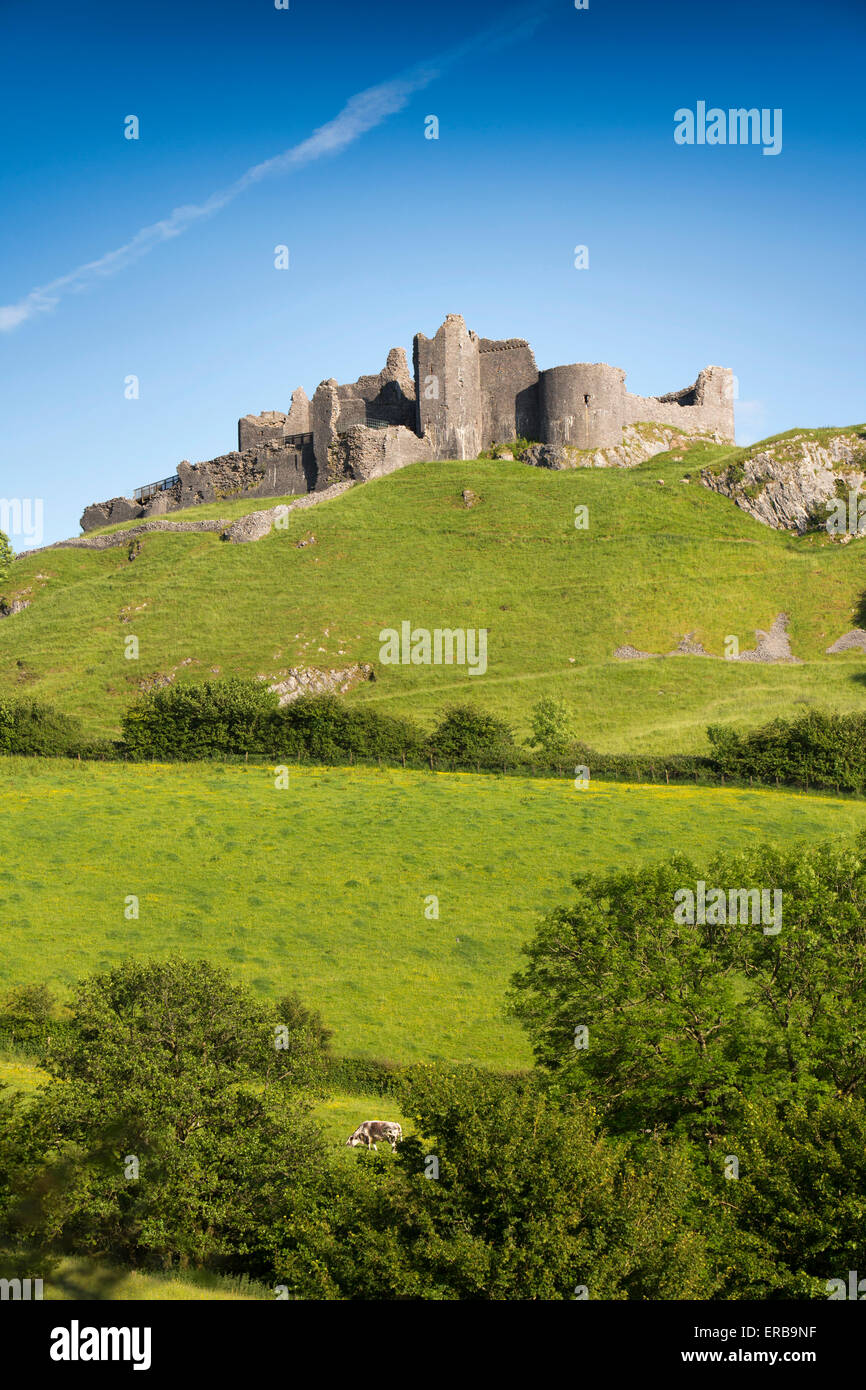 Wales, Carmarthenshire, Trapp, Carreg Cennen, privately owned hilltop Castle - Stock Image