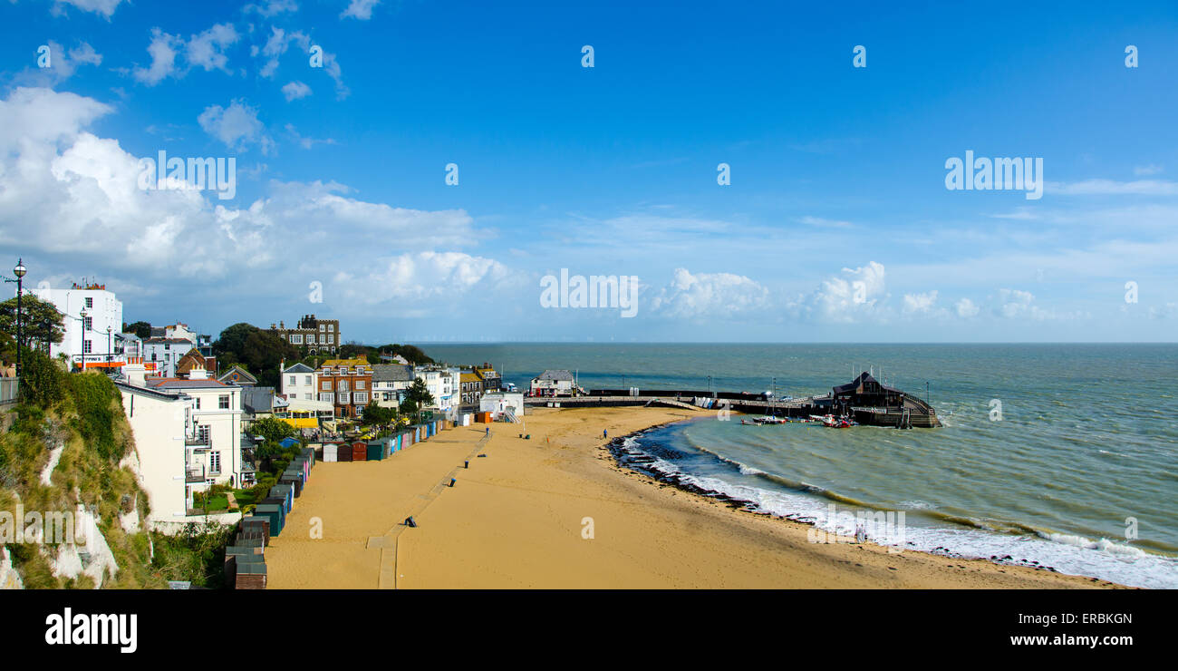 Viking Bay and the Harbour at Broadstairs, Kent, UK - Stock Image