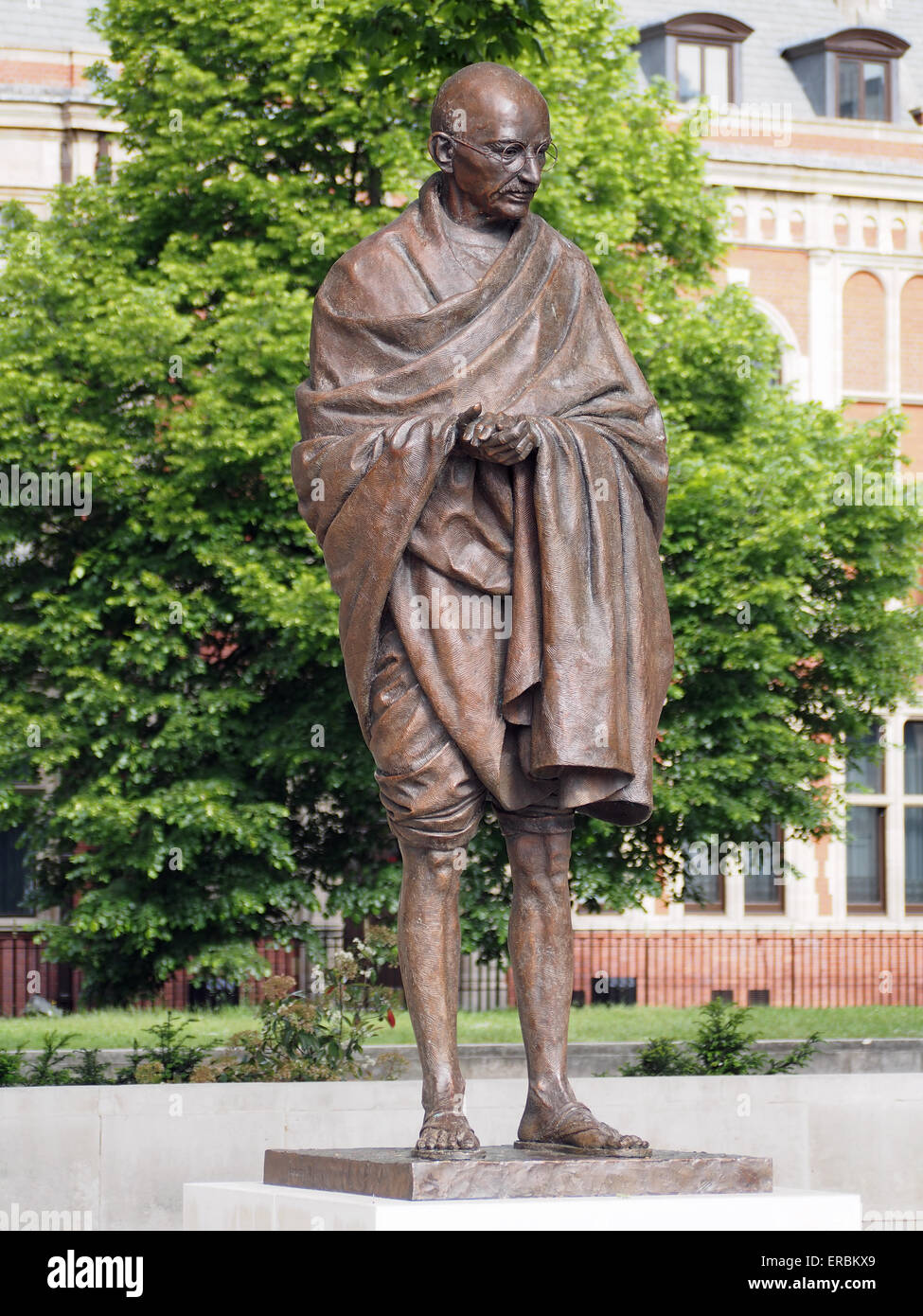 Front view of the statue of Mahatma Gandhi in Parliament Square London - Stock Image