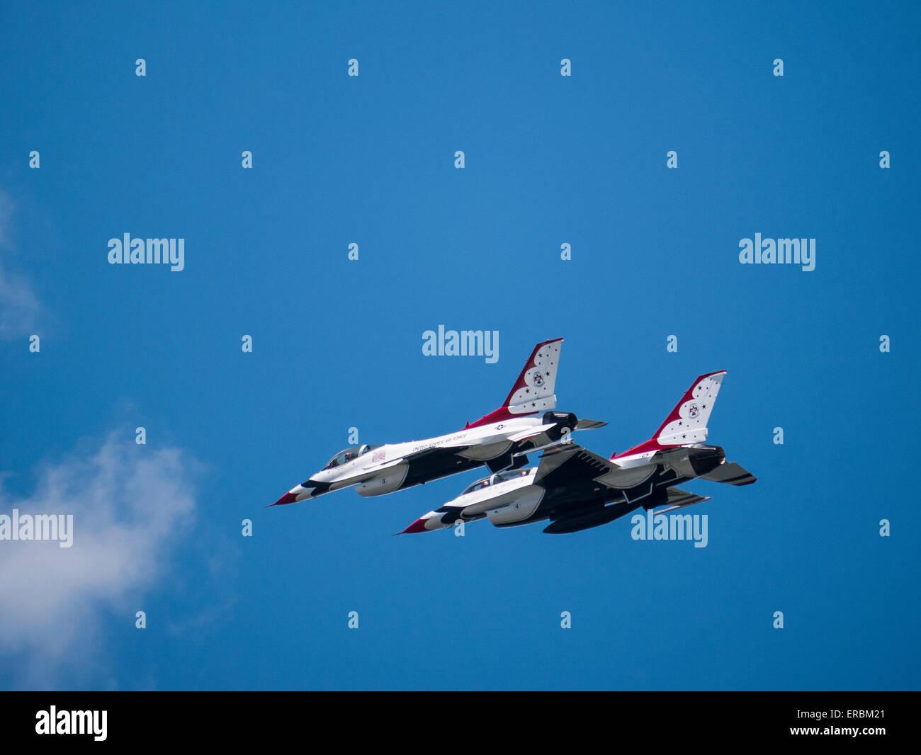 USAF Thunderbirds in flight, Rocky Mountain Air Show, Aurora Reservoir, Colorado. - Stock Image