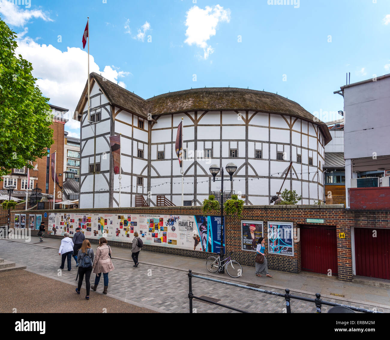 Shakespeare's Globe, a modern reconstruction of the Globe Theatre an Elizabethan Playhouse. Located in Southwark, - Stock Image