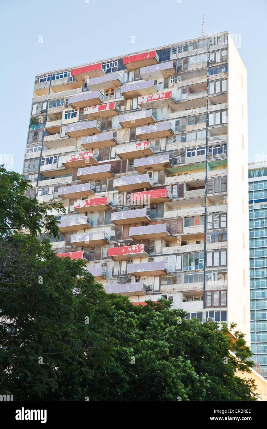 Hi-rise building in downtown Havana, Cuba - Stock Image