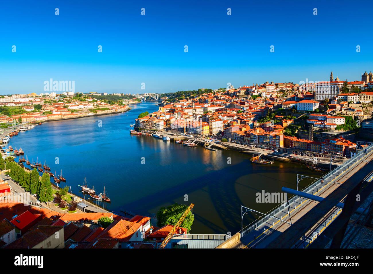 douro river in the city of porto - Stock Image