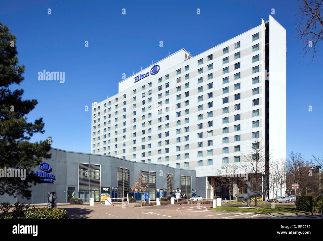 Hilton Hotel and Conference Centre, Düsseldorf, Rhineland, North Rhine-Westphalia, Germany - Stock Image