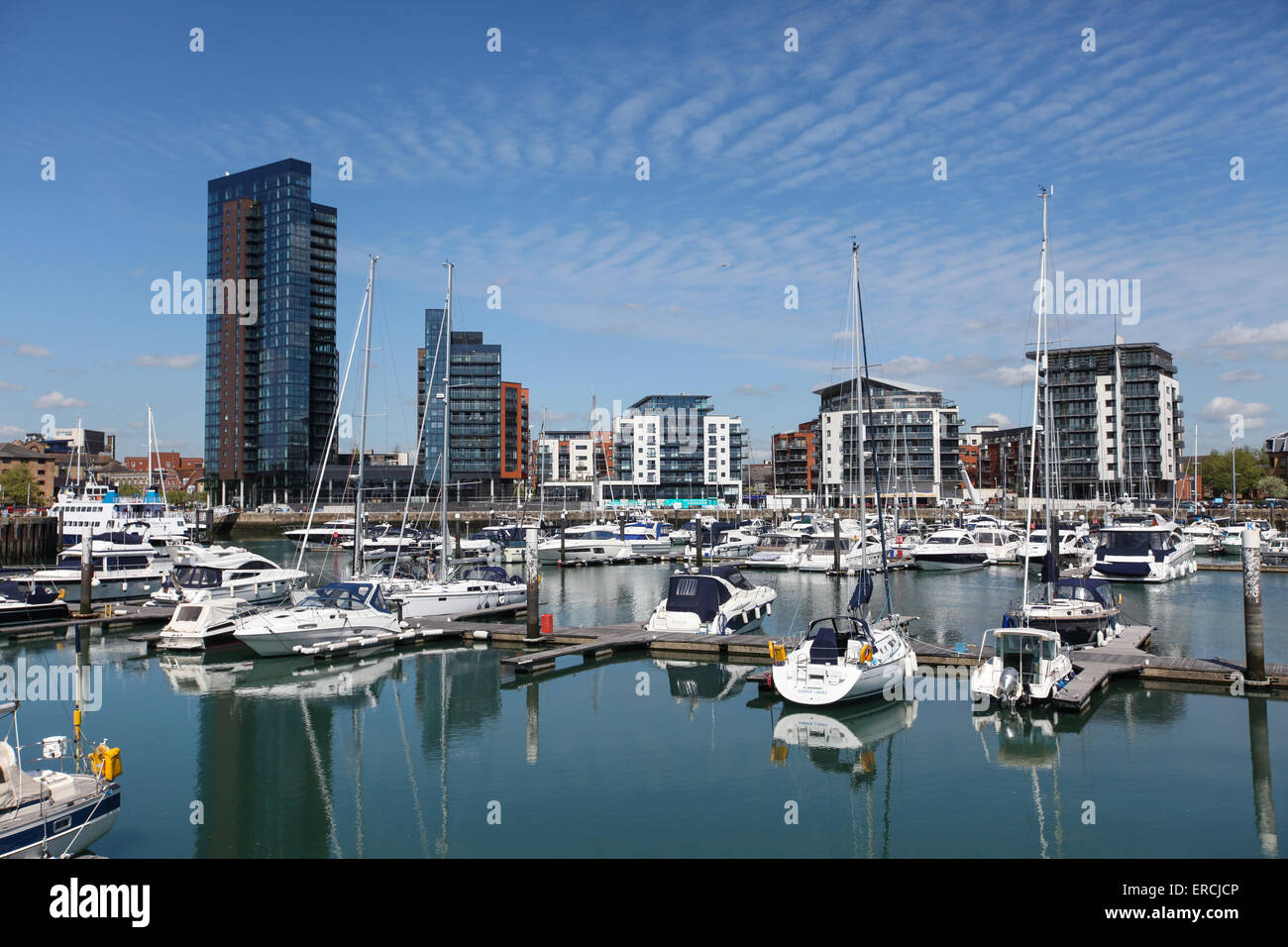 Ocean Village Marina Southampton including the new Admiral's Quay development (left of photo) - Stock Image