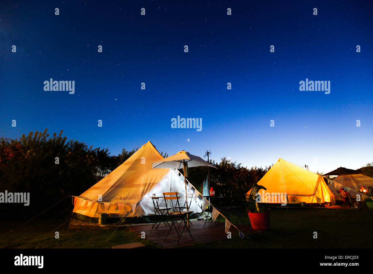 Glamping camping under the stars in a traditional Bell tent in Bembridge on the Isle of Wight - Stock Image