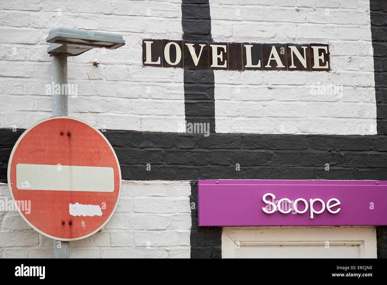 Love Lane in Nantwich village in Cheshire UK    Nantwich has the largest collection of historic buildings outside - Stock Image