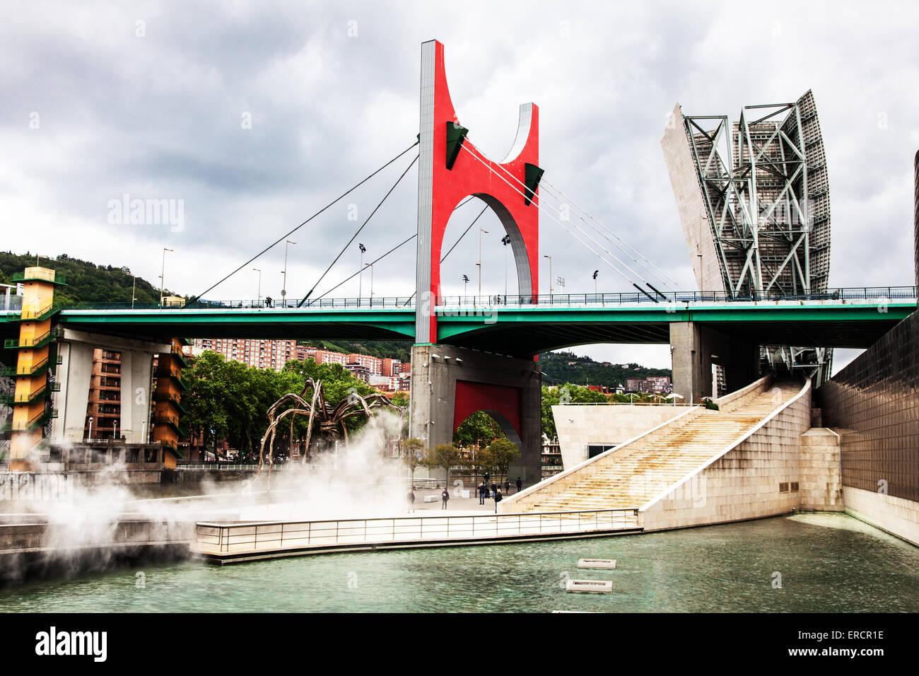 Puerta Principes de Espana bridge, Bilbao - Stock Image
