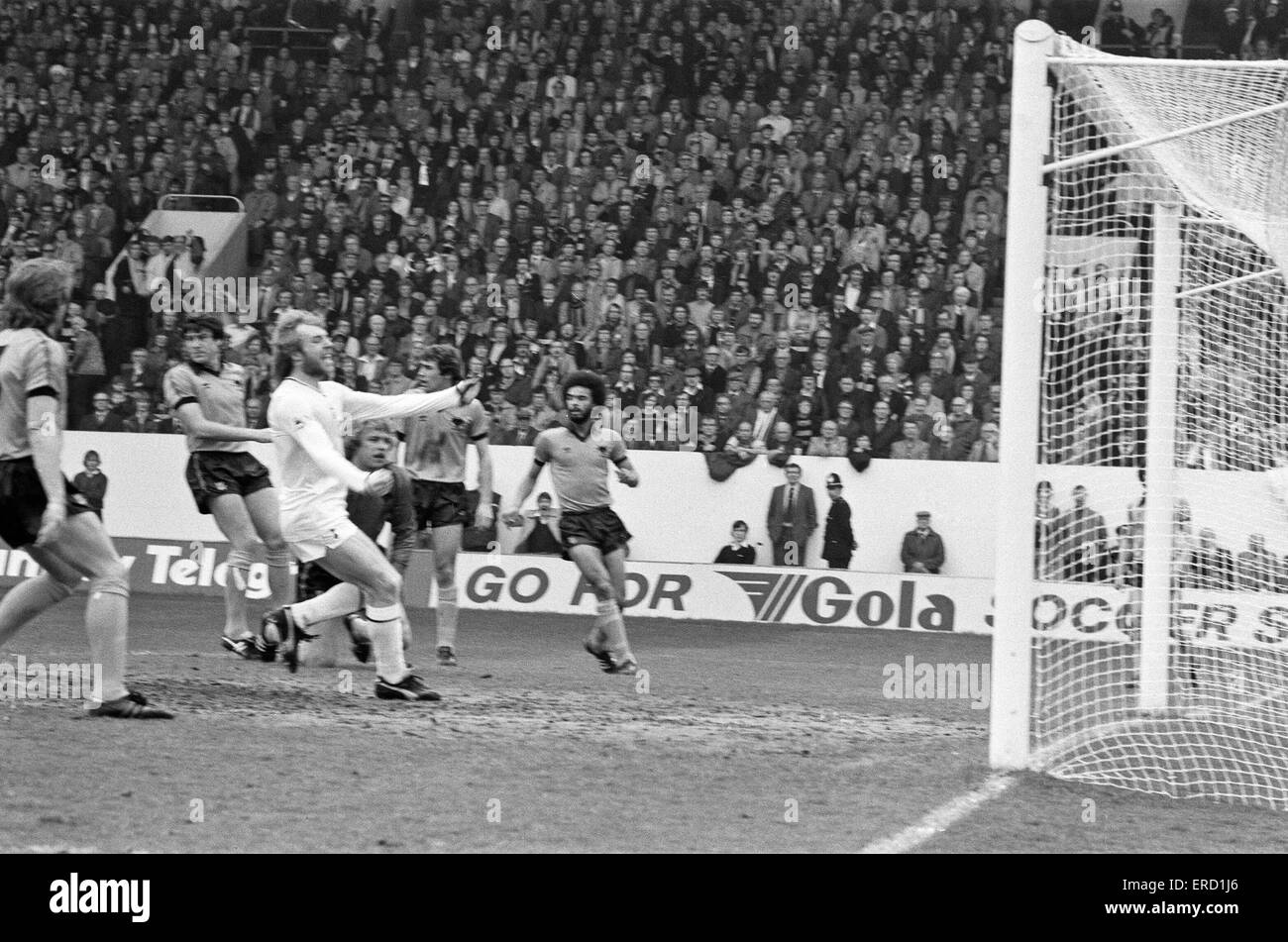 Spurs V Wolves FA Cup Semi Final Played At Hillsborough Steve Archibald Celebrates Scoring