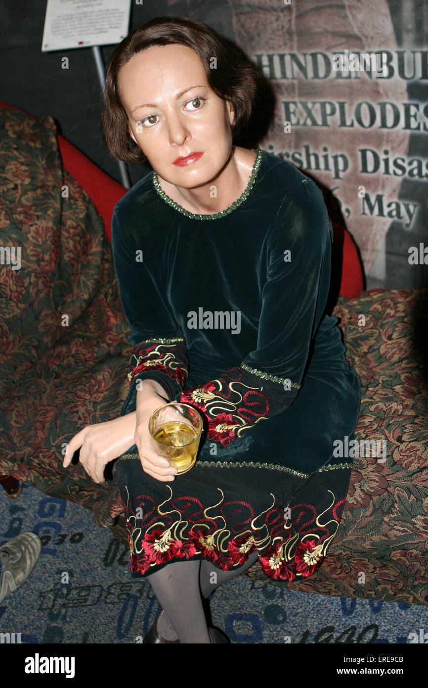 Dorothy Parker - Celebrity wax figure at Madame Tussaud\'s Wax Museum ...