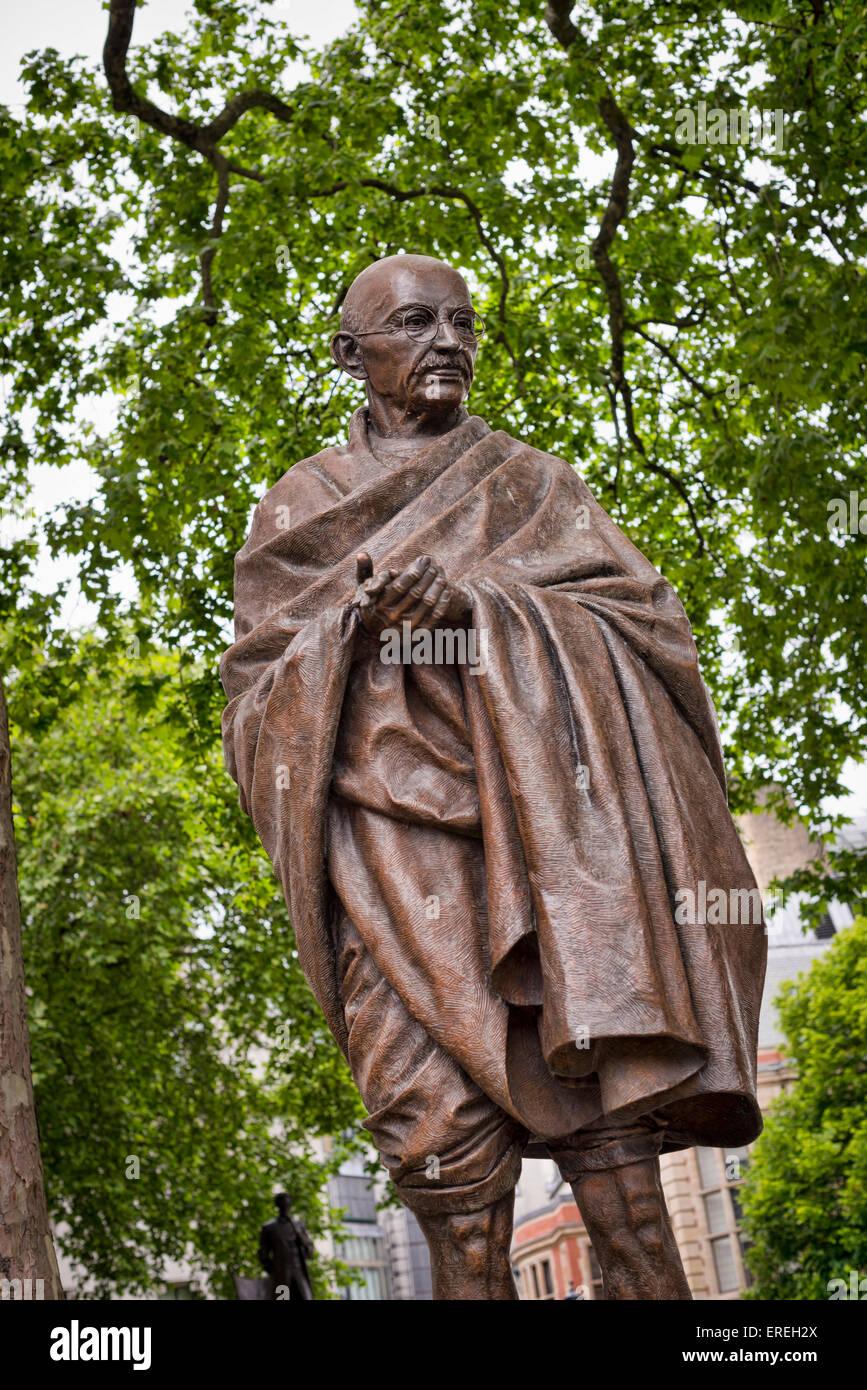 Mahatma Gandhi statue in London's Parliament Square - Stock Image