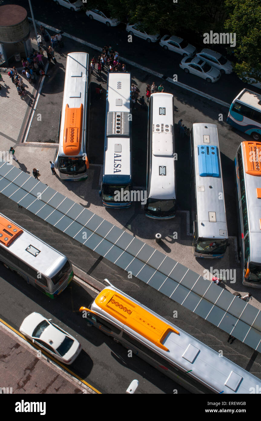 View from above of a line of coaches - Stock Image