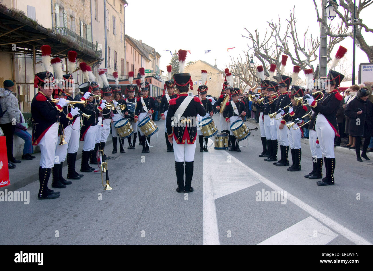 Musique du Tambour d'Arcole in Napoleonic light infantry uniform,   performing in the village of Roquemaure, - Stock Image