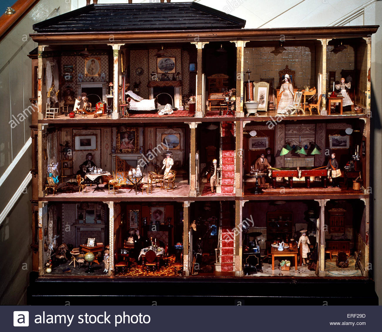 Victorian doll 's house - Stock Image