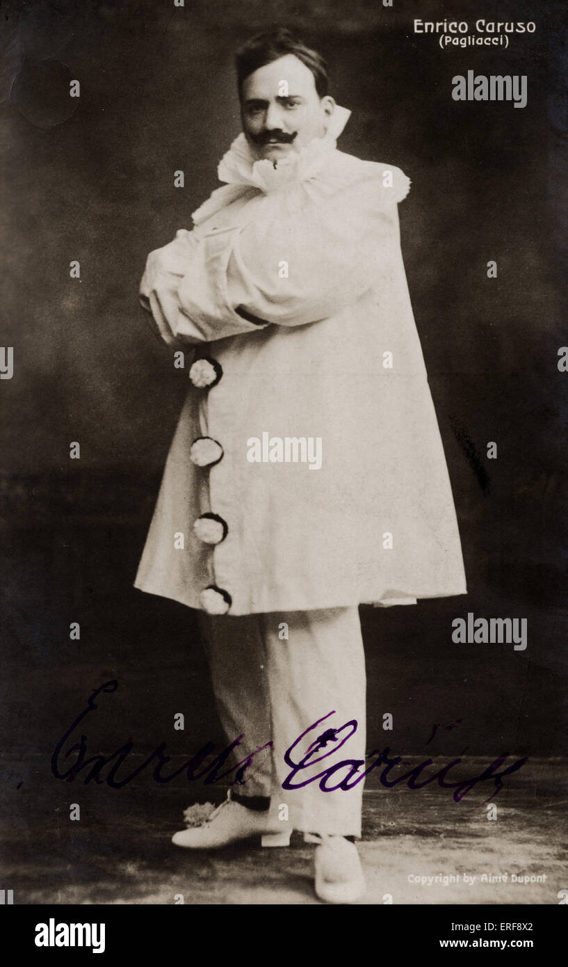 CARUSO, Enrico - in I Pagliacci  - signed photo opera written by Leoncavallo. Photographer, Aime Dupont. Autographed. - Stock Image