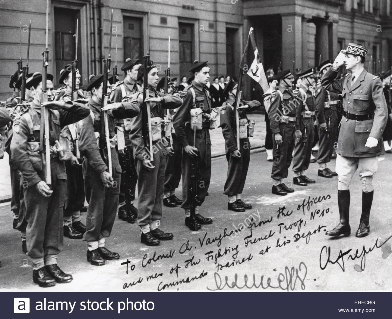 Charles de Gaulle meeting members of the No 10 Inter-Allied Commando, French Troop. World War II. Signed: 'To - Stock Image
