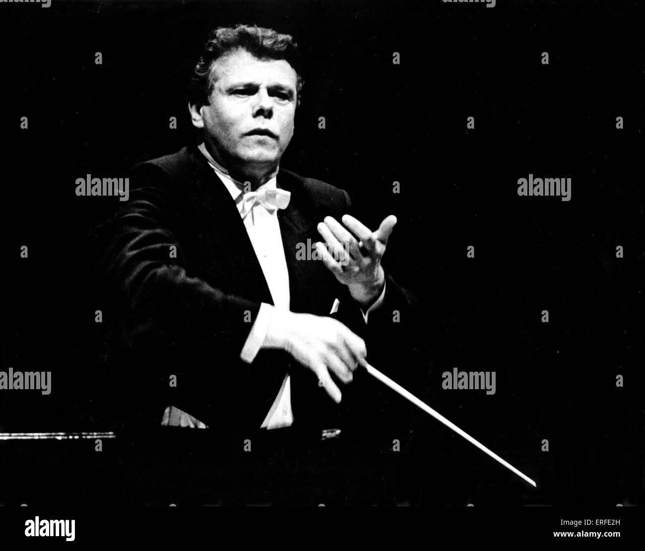 Mariss Jansons conducting, 1995.  Latvian-born conductor, b. 14 January 1943. by Wladimir Polak - Stock Image