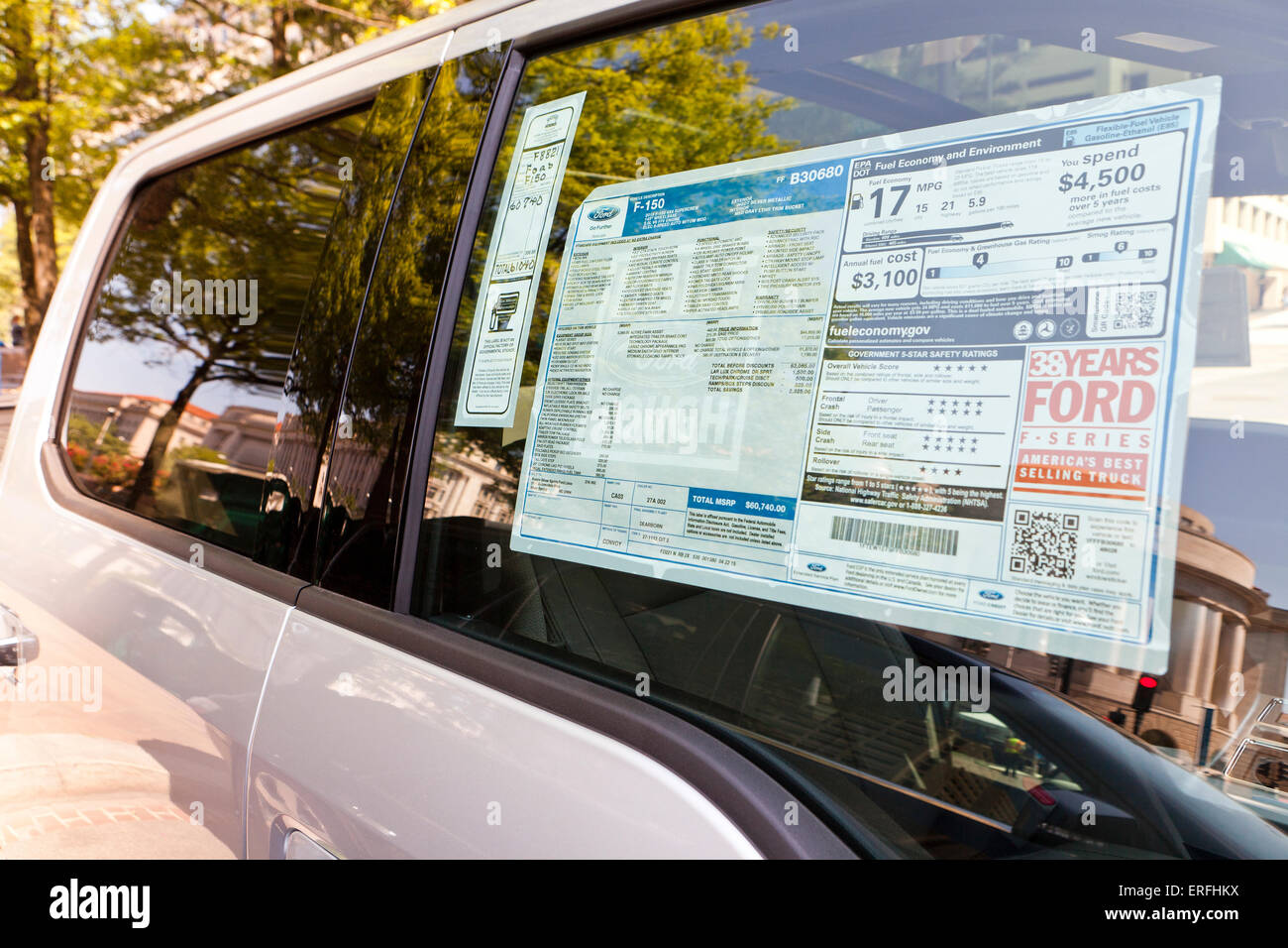 2015 Ford F-150 4X4 pickup truck Monroney sticker on window - USA - Stock Image