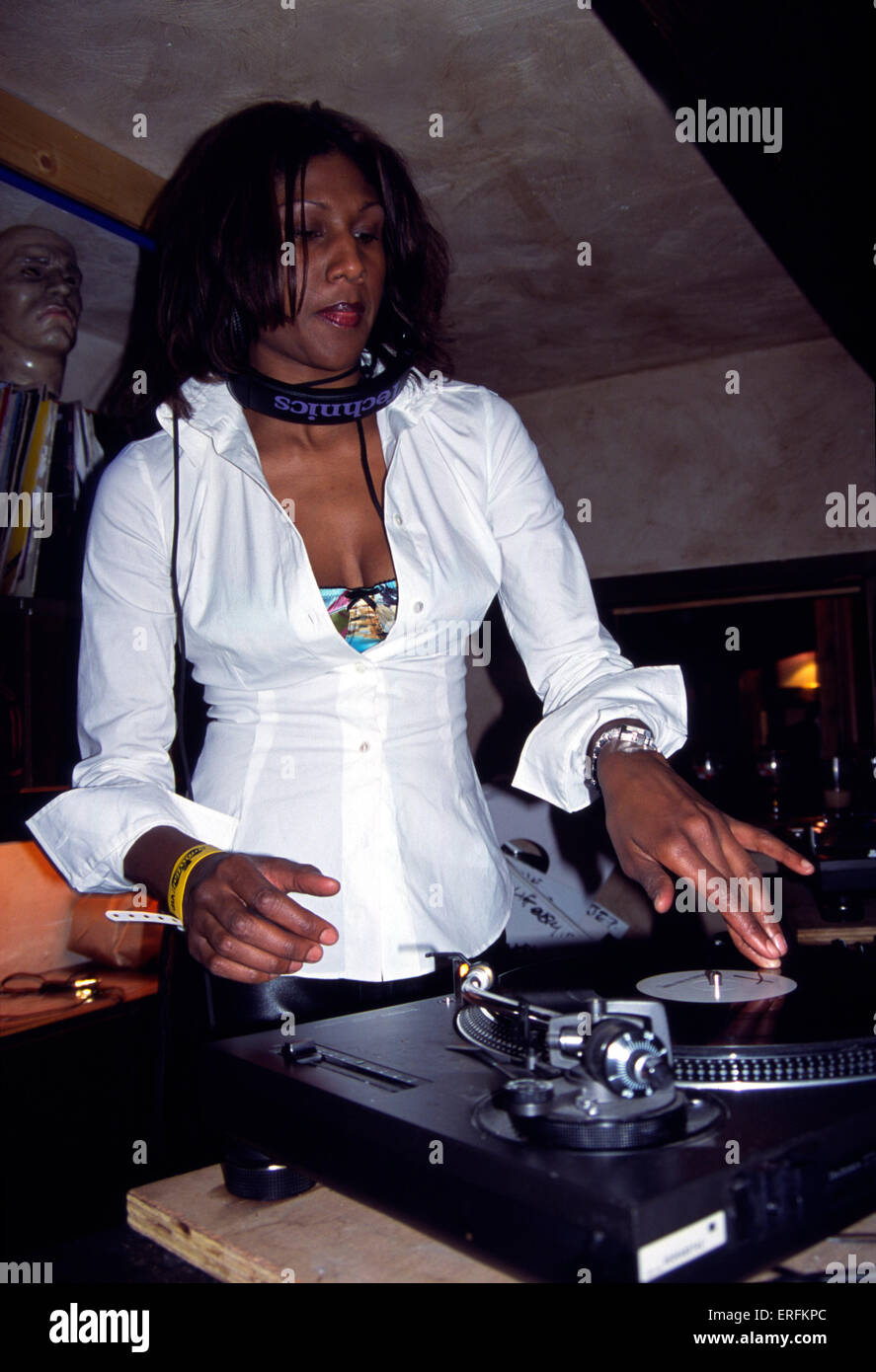 Smokin' Jo - portrait of the female DJ playing records at the Dick's T-bar in Chamonix, France, 2001. Only - Stock Image