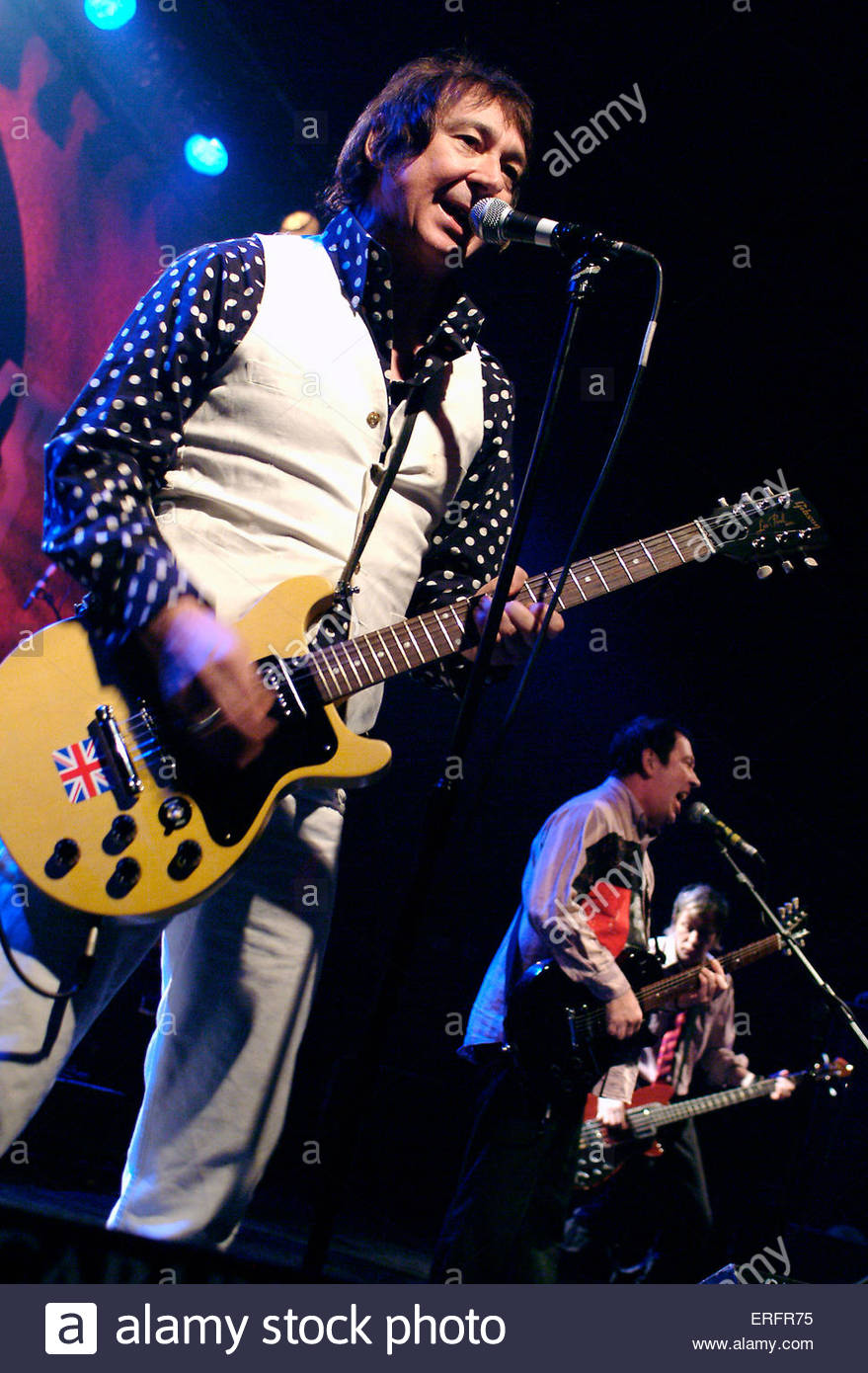 The Buzzcocks - Steve Diggle, Pete Shelly, & Steve Garvey of The Buzzcocks performing in Bristol, March 2006. - Stock Image
