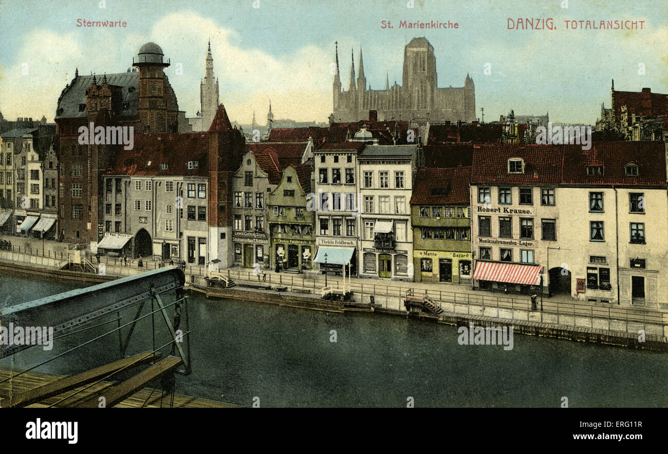 Danzig / Gdansk view by the water. Buildings shown: Sternwarte, St. Marienkirche. (Formerly in Germany, now in Poland) Stock Photo