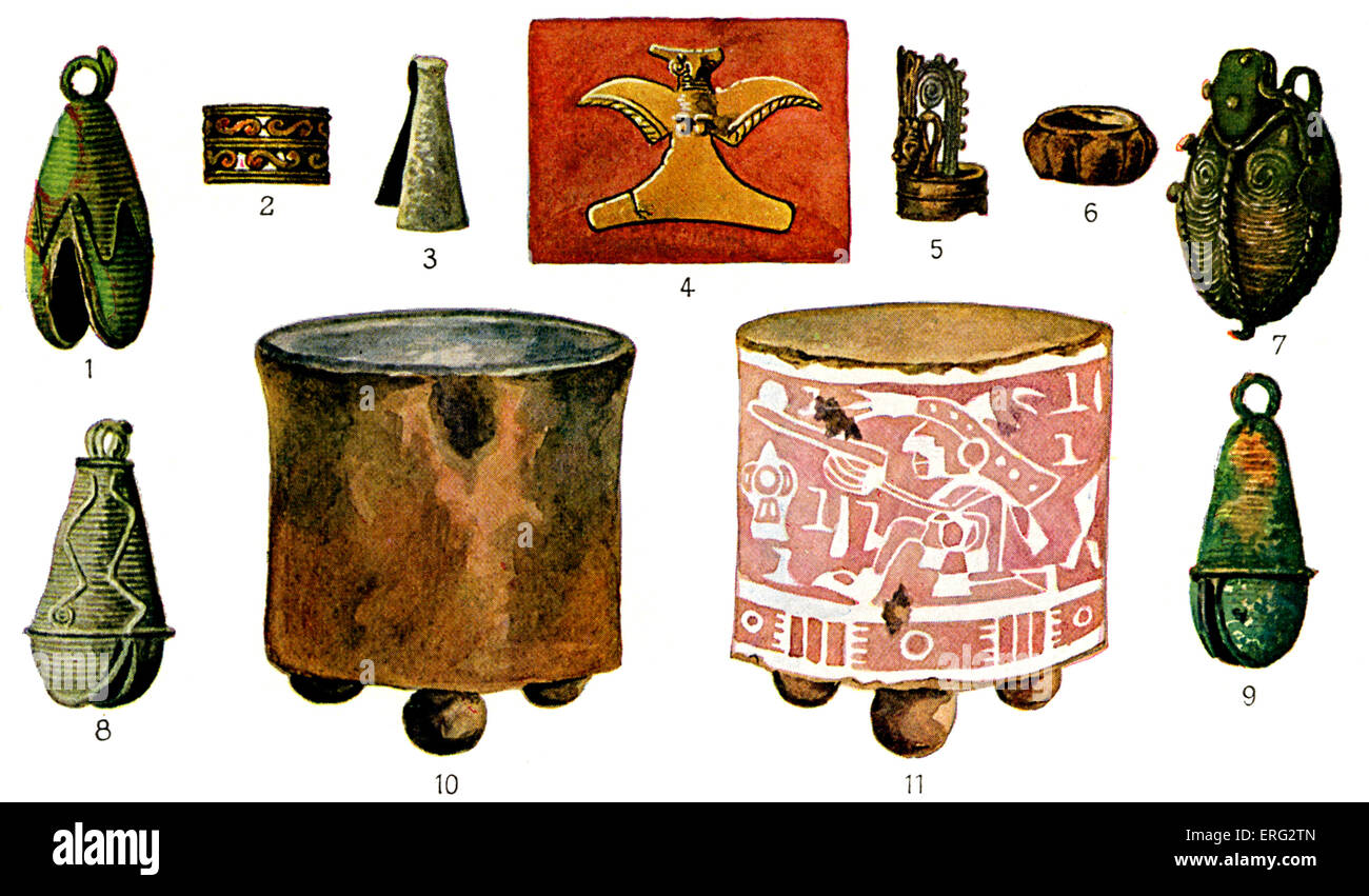 Pre-Columbian Mexican objects including copper jewelry (1-3 and 5-9), a stylised golden eagle (4), and two painted - Stock Image