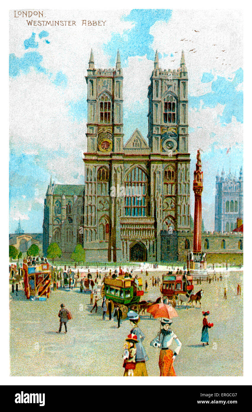 Westminster Abbey , London - turn of the 20th century (?). In fore ground, two women and a young girl. With buses - Stock Image