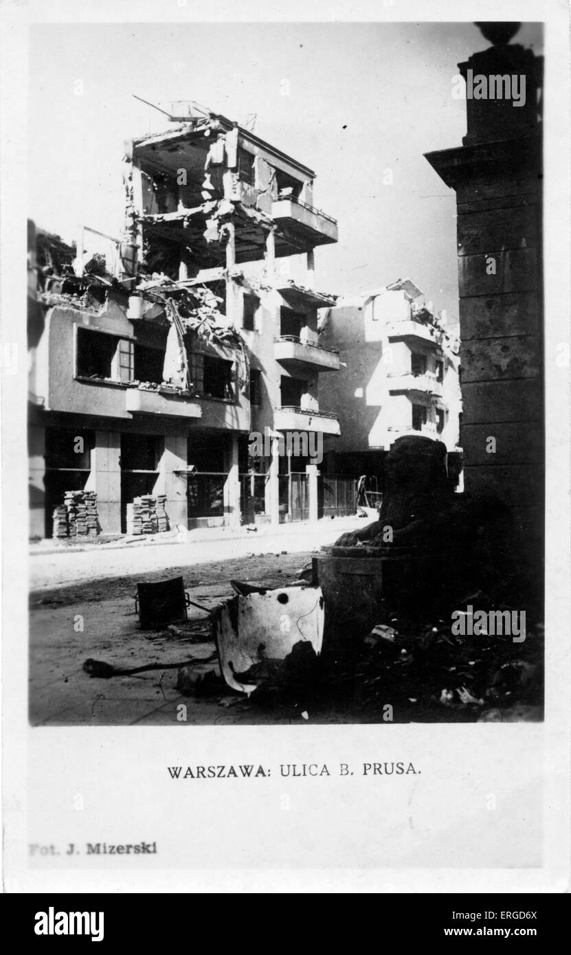 WWII aftermath: damage to Warsaw, Poland. Shows bomb damaged buildings in B. Prusa Street, Warsaw. - Stock Image
