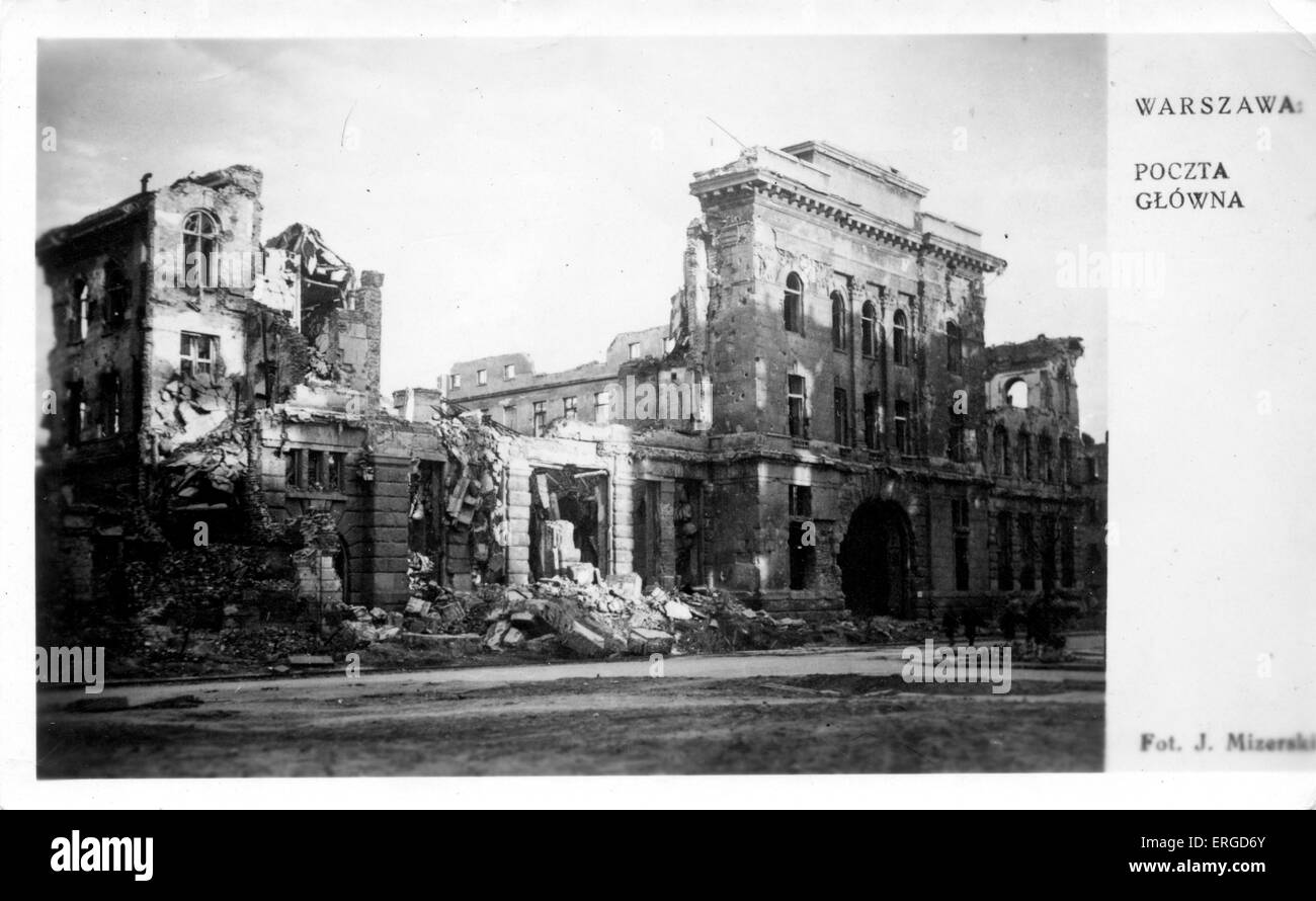 WWII aftermath: damage to Warsaw, Poland. Shows the bomb damaged Main Post Office. - Stock Image