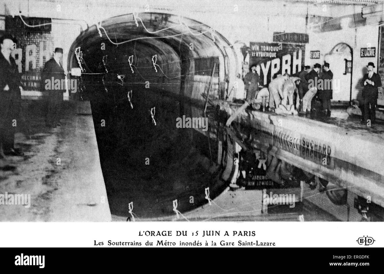 Great Flood of Paris, 1910 - flooded Metro tracks at Saint- Lazare station, 15 June 1910. Flooding of the Seine - Stock Image