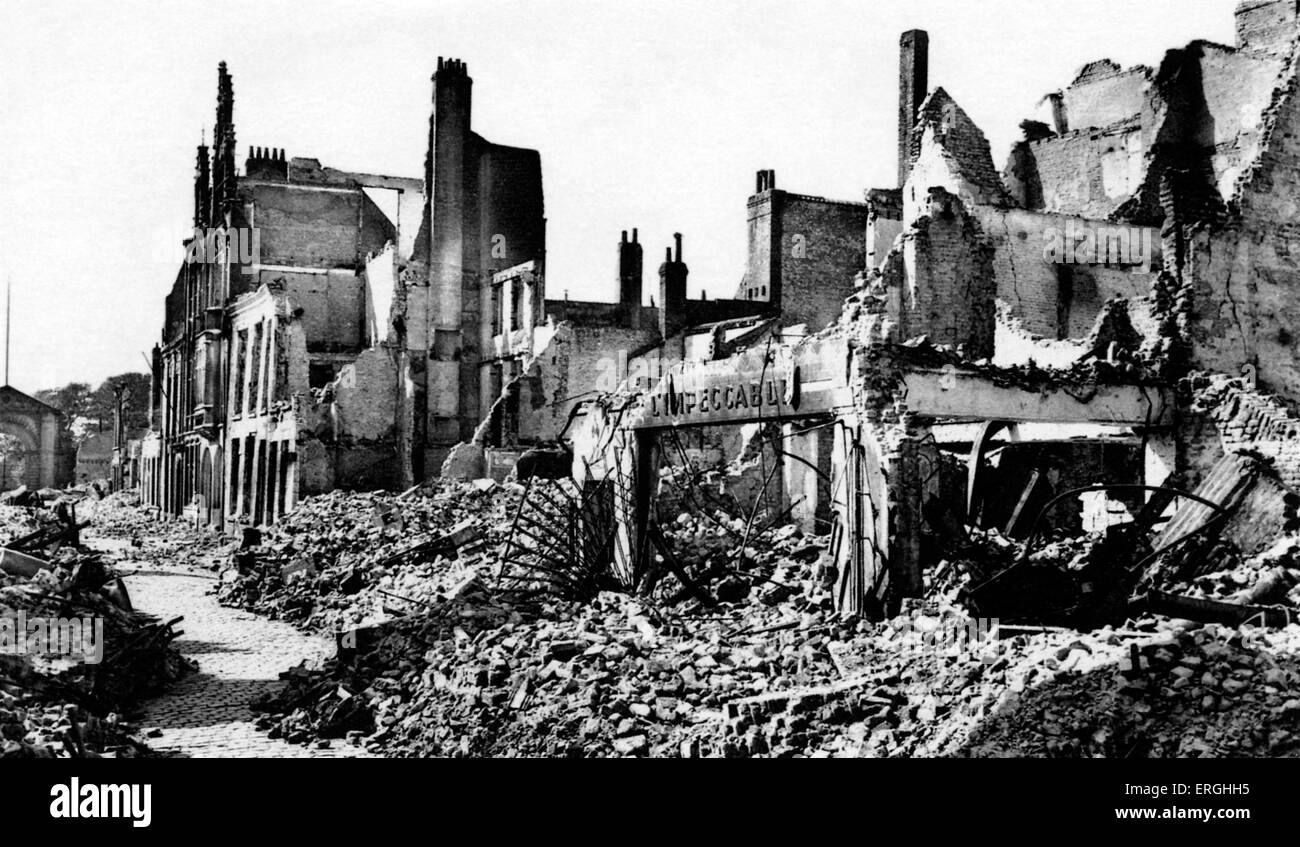 Dunkirk 1940 stock photos dunkirk 1940 stock images alamy - Dunkirk port france address ...
