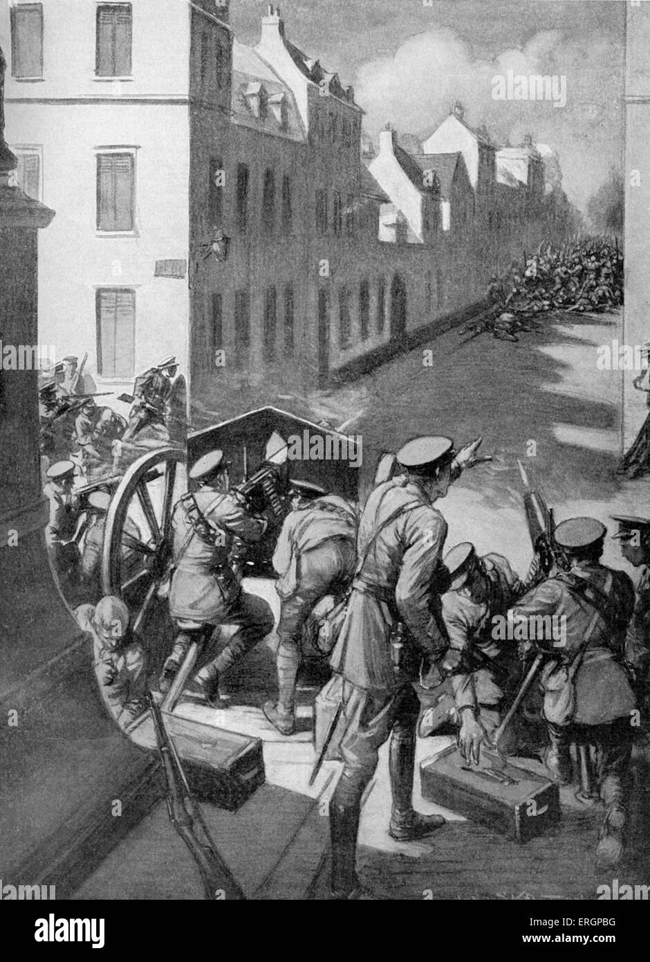 Battle of Le Cateau. German infantry advancing into the town of Landrecies, France, are attacked by British artillery, - Stock Image