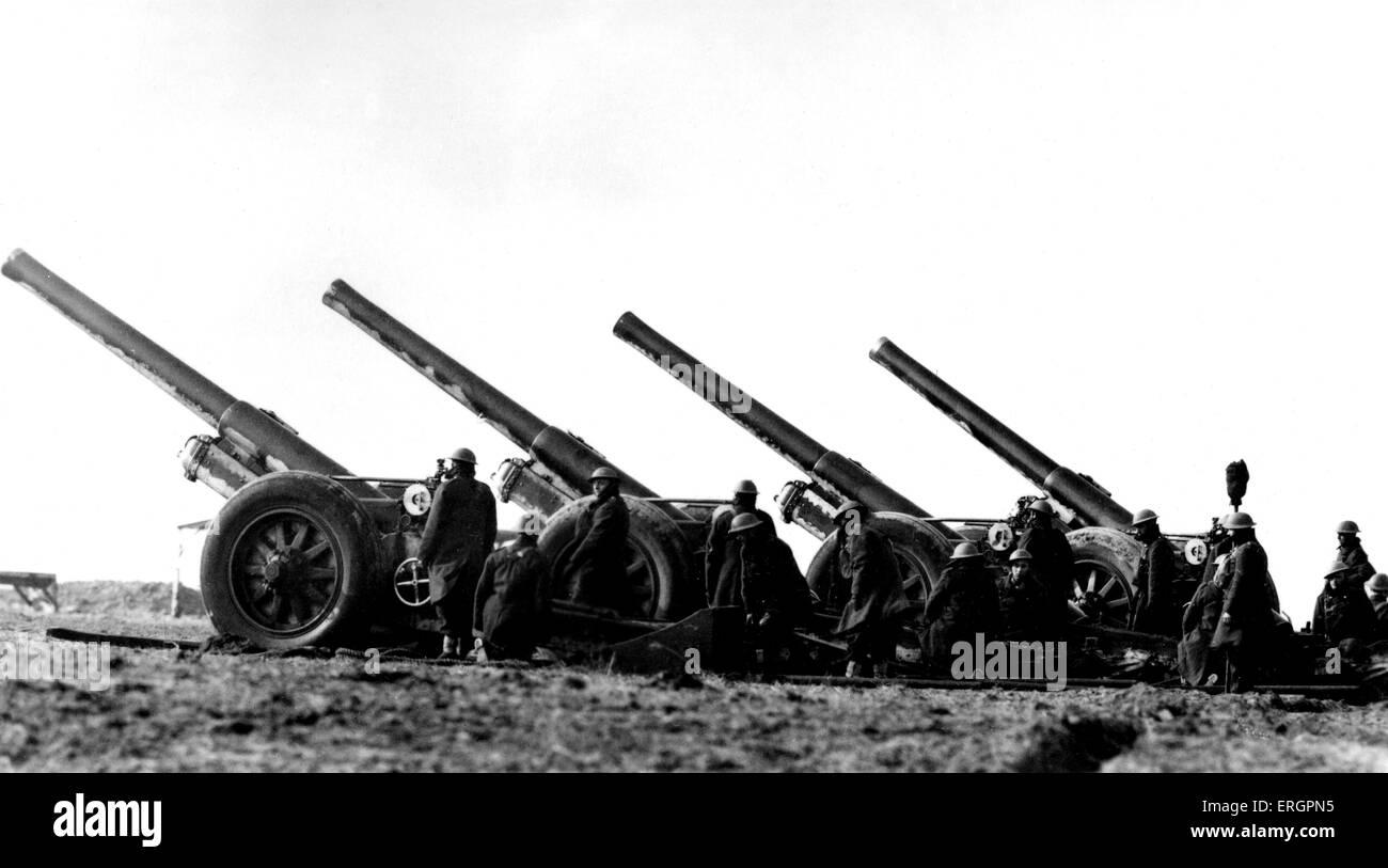 WWII - Field guns. Caption reads: ' Some of the big guns of the B.E.F ( British Expeditionary Force ) as they - Stock Image